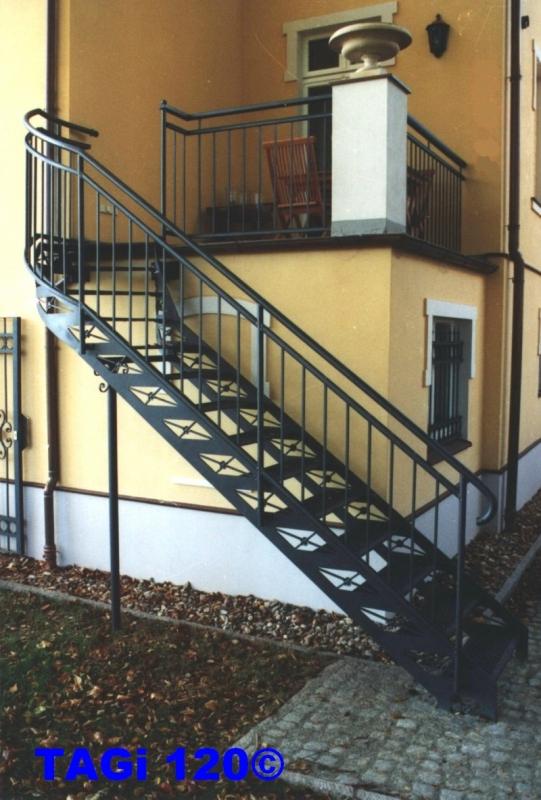 bauschlosserei worseck z une toren gitter in potsdam und berliner umland treppen au en. Black Bedroom Furniture Sets. Home Design Ideas